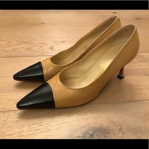 Chanel camel and black pumps heels shoes